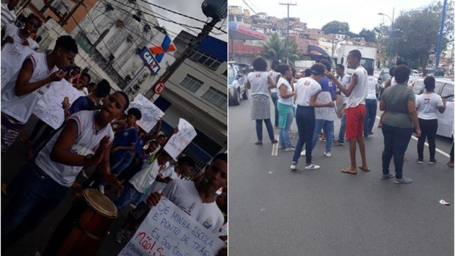 Photo of EDUCAÇÃO: Estudantes protestam na Avenida Vasco da Gama contra fechamento de escolas