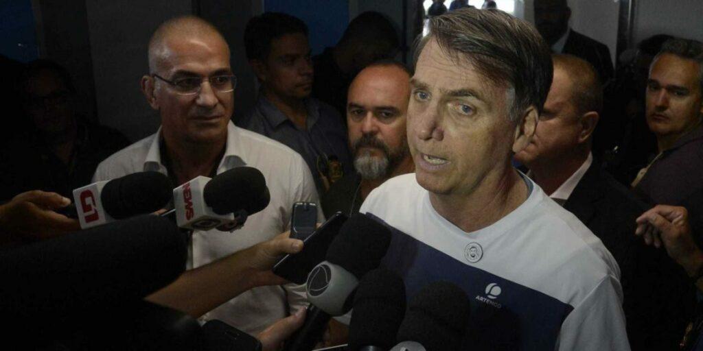 Photo of 'Não posso governar sozinho', diz Bolsonaro ao pedir a união de poderes