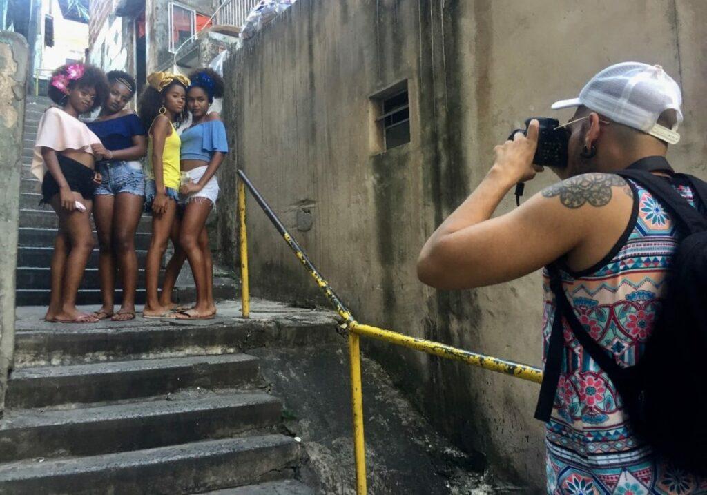 Photo of Negra sim! Projeto ressalta a beleza do cabelo crespo de meninas do Nordeste de Amaralina