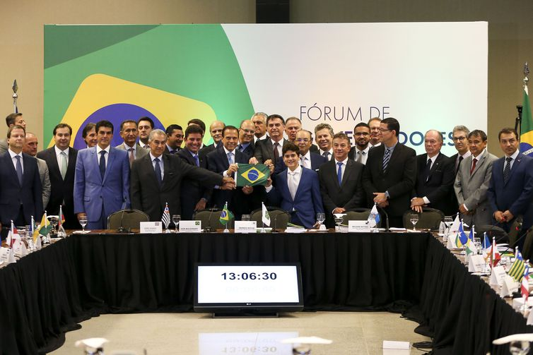 Photo of Bolsonaro deve se reunir com governadores do Nordeste dia 21
