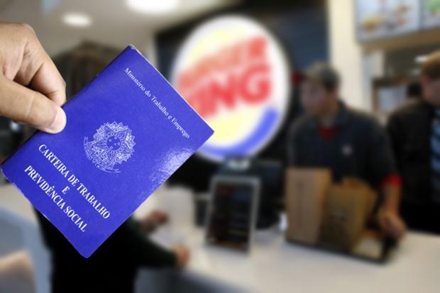 Photo of Burger King abre 400 vagas de emprego sem exigir experiência no Brasil – Vagas na Bahia