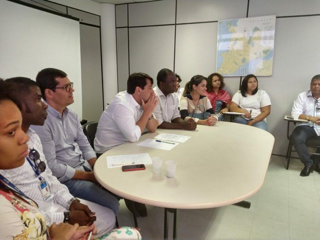 Photo of Reunião define estratégia para reabertura do Posto de Saúde da Santa Cruz nesta terça (18)