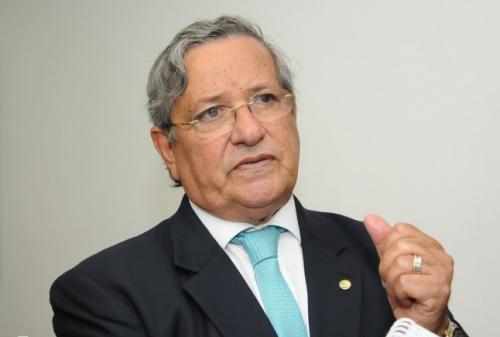 Photo of Benito Gama diz ter conduta pautada na honestidade e seriedade, após ação da PF