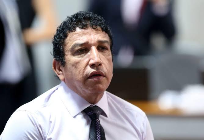 Photo of Magno Malta mostra frustração em entrevista: 'Achava que ia ser ministro e eu não fui'