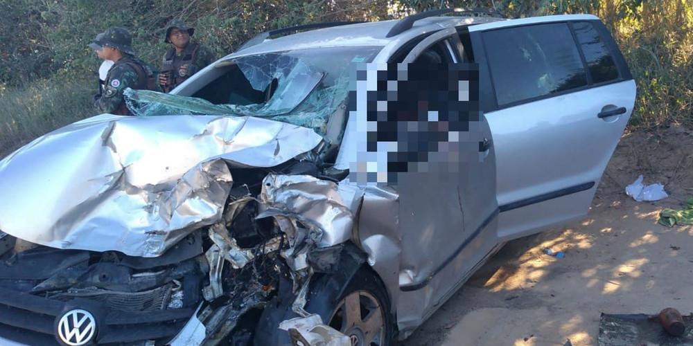 Photo of Acidente entre veículos deixa três mortos e dois feridos na BA-001