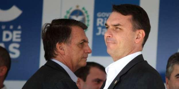 Photo of Sob pressão de militares, Bolsonaro pode deixar Flávio sozinho com crise