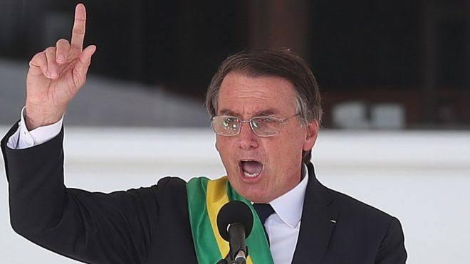 Photo of INCONSTITUCIONAL: propaganda do governo federal leva nome de Bolsonaro; entenda
