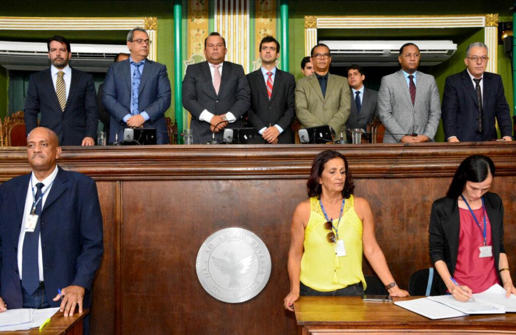 Photo of Vereadores fazem um minuto de silêncio em solidariedade às vítimas de Brumadinho (MG)