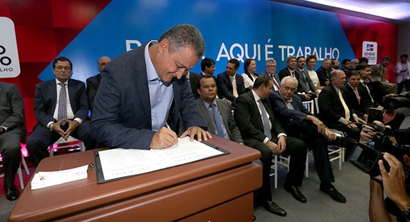 Photo of Governador empossa novos secretários da Bahia. Veja quem são