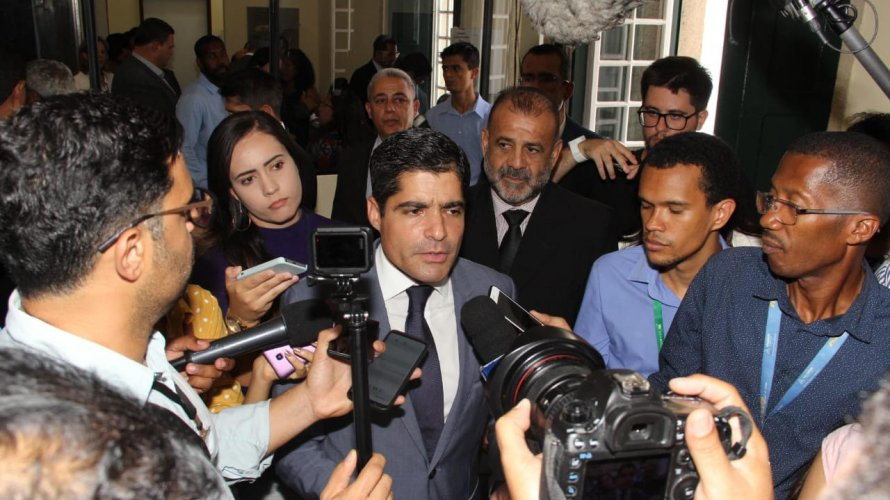 Photo of Prefeito confirma anúncio das trocas de secretários para  terça-feira (5)