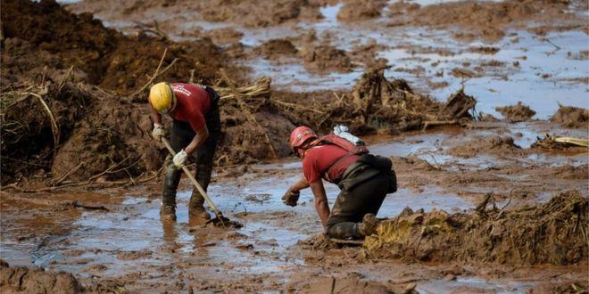 Photo of ATUALIZAÇÃO: Defesa Civil confirma 115 mortes na tragédia de Brumadinho