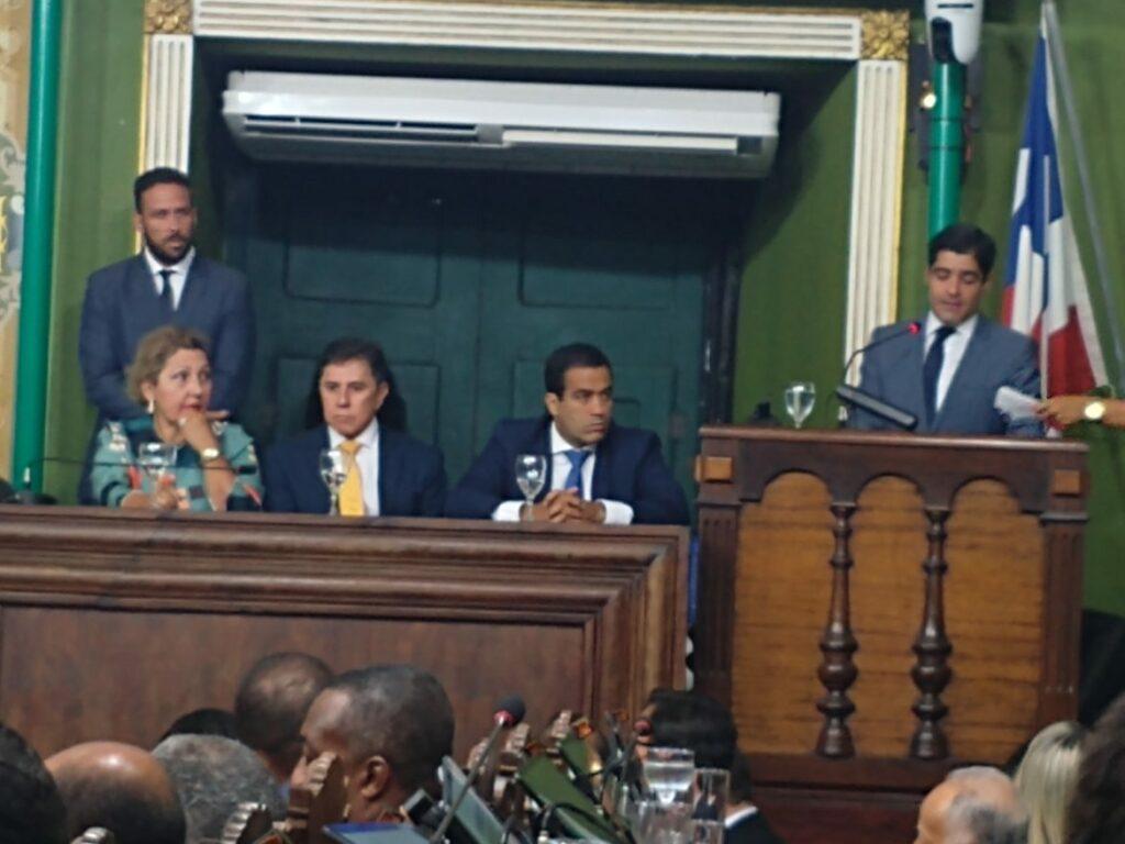 Photo of Neto reforça a importância da parceria entre a Câmara e Prefeitura