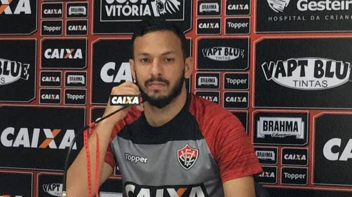 Photo of Yago lamenta empate em Feira de Santana, mas parabeniza poder de reação da equipe