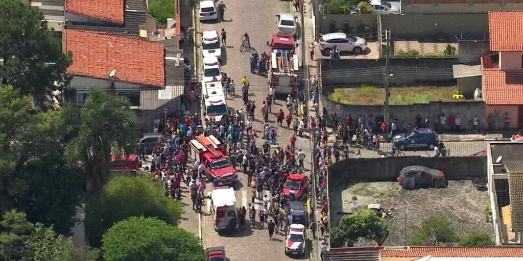 Photo of URGENTE! Sobe para nove o número de mortos em atendado dentro de escola em Suzano, SP