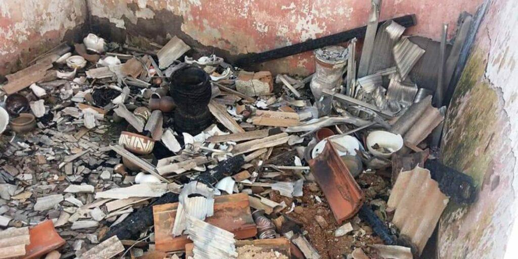 Photo of INTOLERÂNCIA RELIGIOSA: terreiro de candomblé é totalmente destruído no RJ