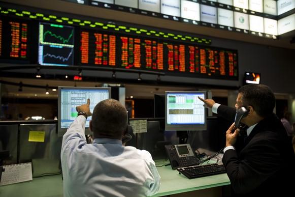 Photo of Após reajuste do diesel, Bovespa opera em alta e ações da Petrobras sobem