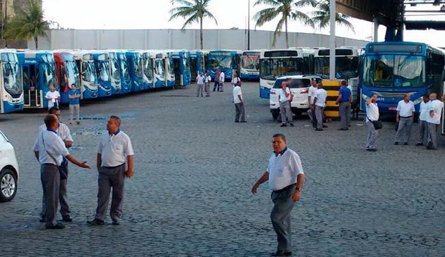 Photo of SALVADOR! Rodoviários iniciam rito de estado de greve e ônibus podem parar