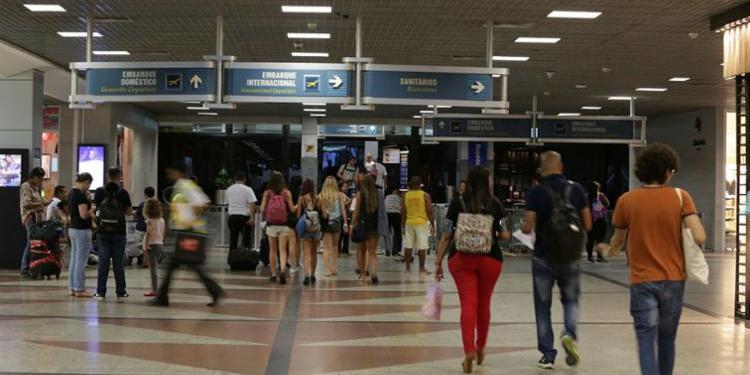 Photo of E O CALOR? Aeroporto de Salvador ficará sem ar condicionado por oito horas nesta terça (30)
