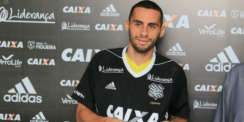 Photo of REFORÇO: Vitória deve anunciar acerto com Dudu Vieira em breve