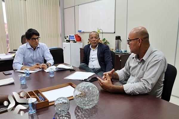 Photo of Presidente da Limpurb recebe representantes da União Santa Cruz em seu Gabinete