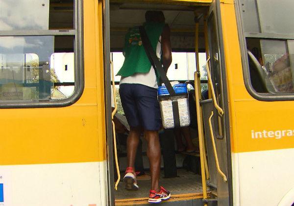 Photo of Rodoviários decidem proibir entrada de baleiros nos ônibus