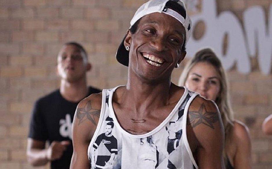 Photo of Dançarino da FitDance Barata Show morre vítima de leptospirose em Salvador