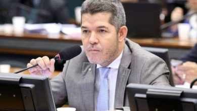 Photo of Deputado do PSL chama Bahia de 'lixo governado pelo PT'; Rui Costa rebate