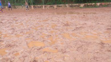 Photo of Assim não dá! Campo do Bariri  abandonado há mais de 10 anos