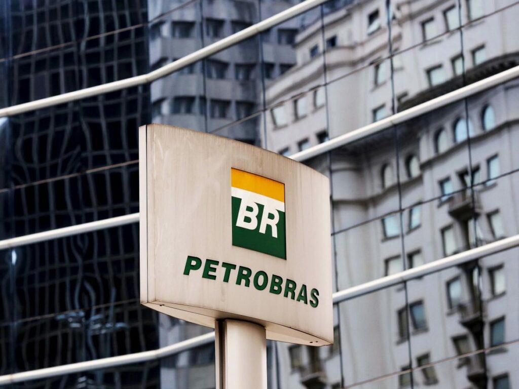 Photo of Preço da gasolina cai em 23 Estados, diz ANP; valor médio cai 0,28% no País