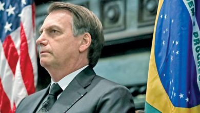"""Photo of """"Quanto mais arma, mais segurança. Se tiver arma de fogo, é para usar"""", dispara Bolsonaro em reunião com caminhoneiros"""