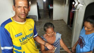 Photo of Gari encontra dinheiro e devolve ao dono 'Quando falou que dinheiro era da família que a casa pegou fogo, me emocionei', Vídeo