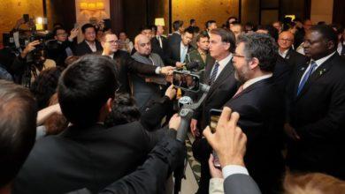 """Photo of Bolsonaro estuda ações de estímulo ao emprego com """"menos direitos"""""""