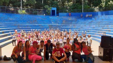 Photo of Prevenção: Aulão de zumba movimenta Parque da Cidade na campanha do Outubro Rosa