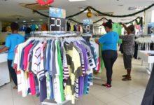 Photo of Mercado estima contratar entre duas a três mil pessoas para as festas de fim de ano na Bahia