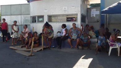 Photo of Festival Virada: ambulantes acampam em frente a Semop para tentar cadastro de trabalho