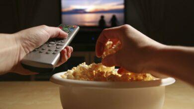 Photo of Confira cinco opções para assistir filmes e ler livros gratuitos durante isolamento social