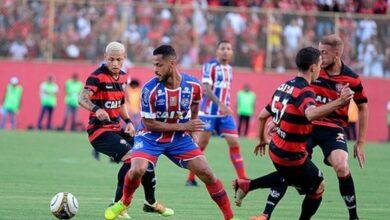 Photo of Após pressão, FBF decide suspender Campeonato Baiano por tempo indeterminado