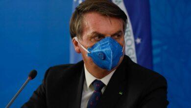 Photo of Bolsonaro chama Doria de 'lunático' e diz que ministro exagerou em ações contra coronavírus