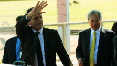 """Photo of Bolosonaro garante que Paulo Guedes é """"único homem que decide a economia no Brasil"""""""
