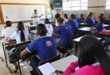 Photo of Estado da Bahia tem até 10 de abril para fornecer alimentação aos estudantes da rede pública