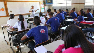 Photo of Bahia deve oferecer alimentação a alunos que ficaram sem aulas, determina Justiça