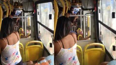 Photo of Mulher é agredida e expulsa de ônibus de Salvador por não usar máscara