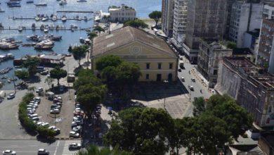Photo of Bahia antecipa feriados e determina fechamento de serviços não essenciais na próxima semana