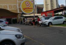 Photo of Morte de colega com sintomas de Covid-19 provoca medo em funcionários de supermercado no Costa Azul