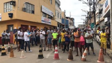 Photo of Comerciantes do Nordeste de Amaralina protestam após prorrogação de medidas restritivas