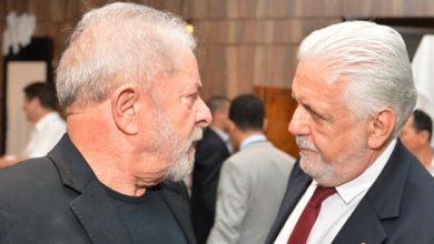 Photo of Wagner defende renovação no PT e alfineta Lula: 'Não vou ficar refém dele'